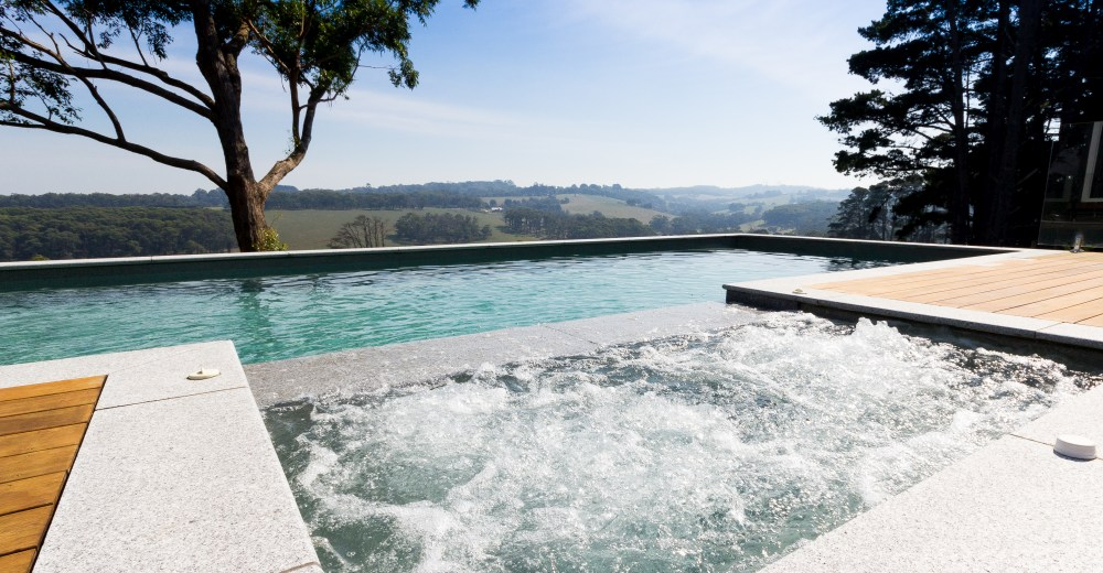 Concrete or Fibreglass Pool  Which is the Best?