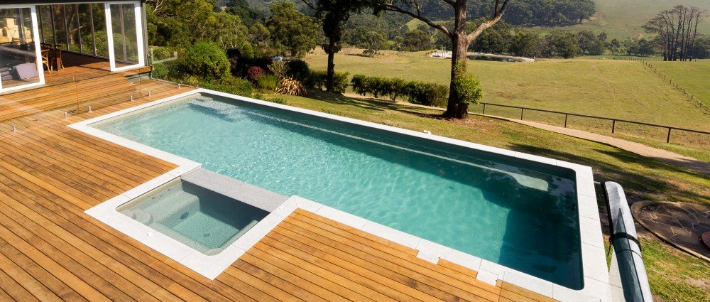 Building beautiful fibreglass infinity pools